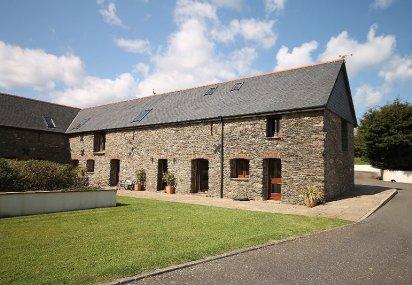 Higher Heathfield Barn, East Allington, Totnes