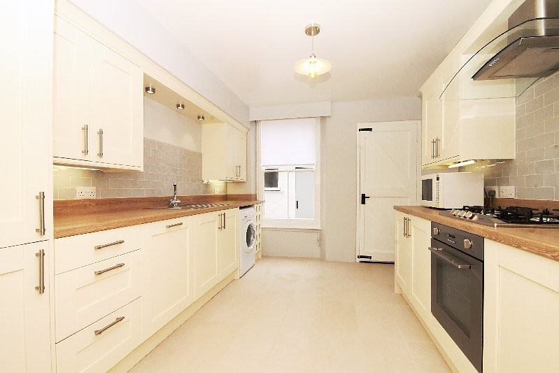 2 bedroom property to let in 4 richmond terrace duncombe for 18 richmond terrace