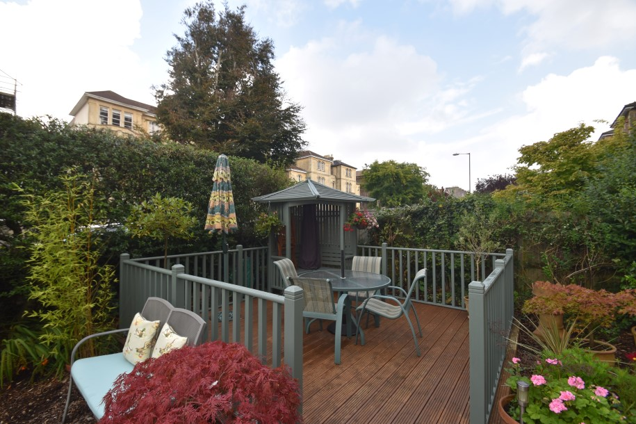 bedroom property for sale in apsley road clifton 485 000