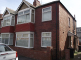 ** 2 BED FLAT WITH PAVED GARDEN ** David Street, Wallsend
