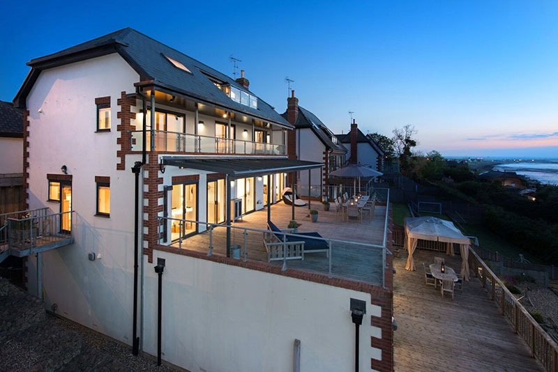 contemporary four bedroom house with sea views in whitstable