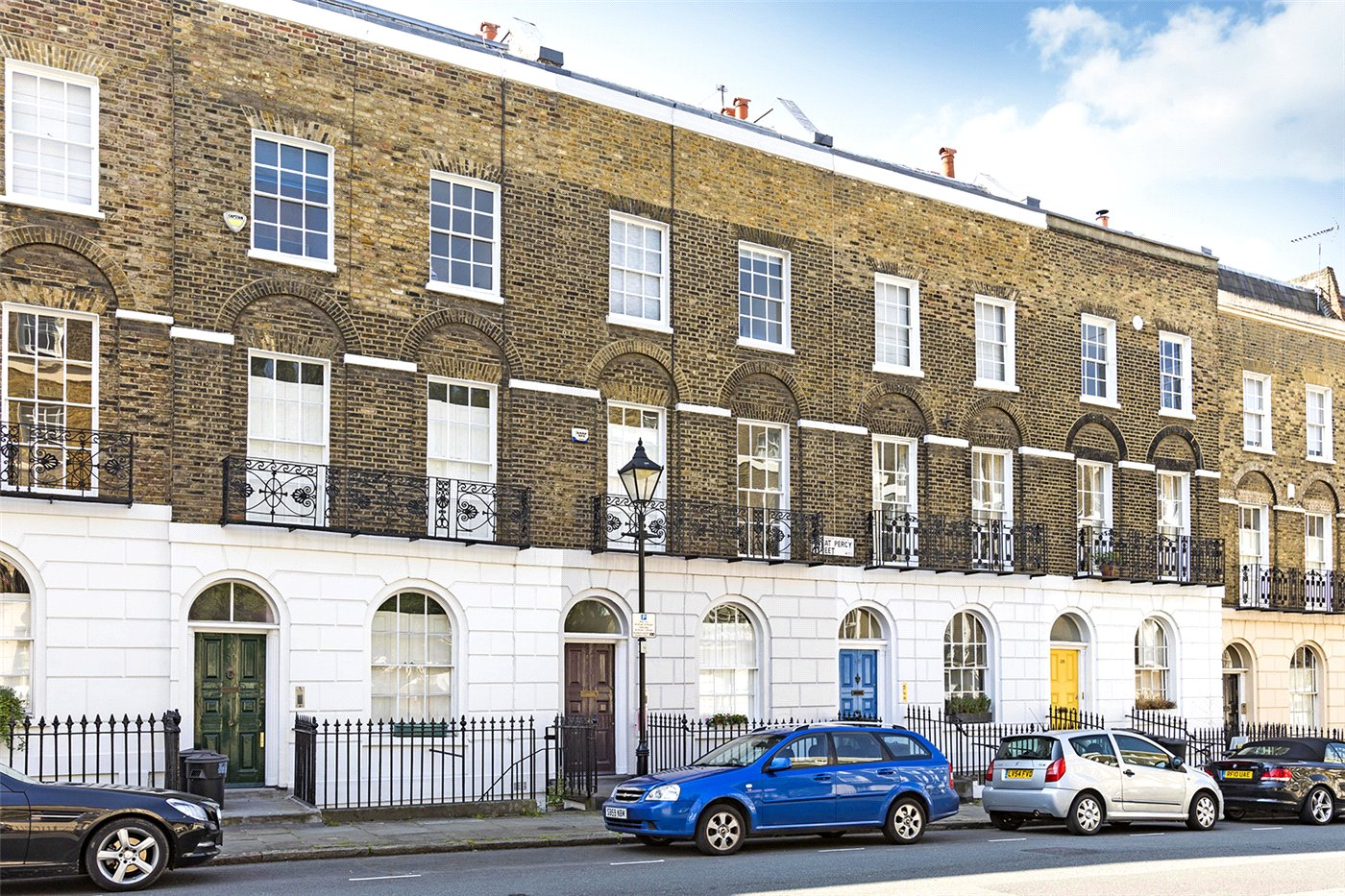 one bedroom flat in Clerkenwell with wine cellar