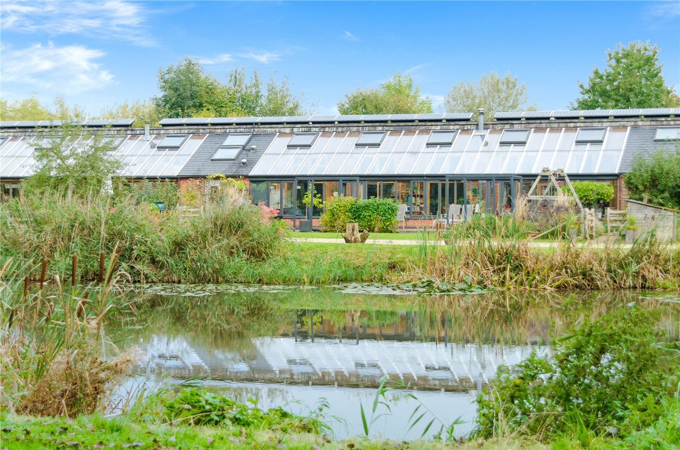 Unique eco-friendly home, Hockerton