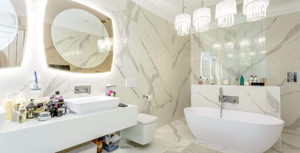 imperial mansions bathroom